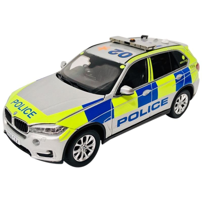 PARAGON 1/43 BMW X5 London Police [RHD] Armed Response